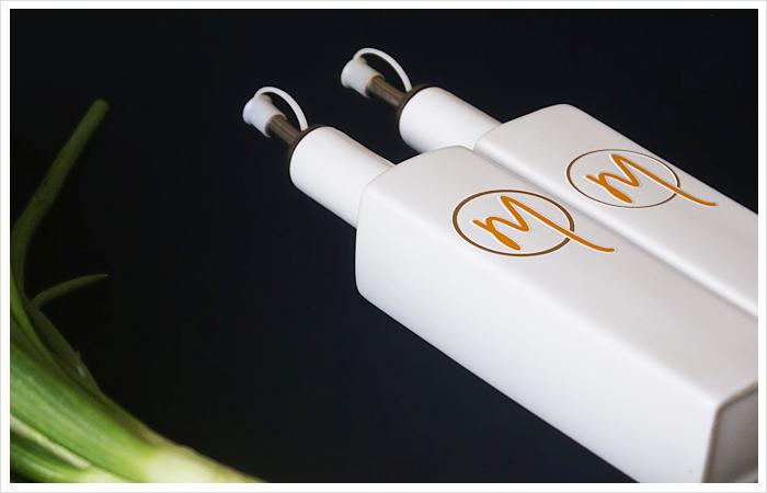 logo grafik design mahlzeit restaurant